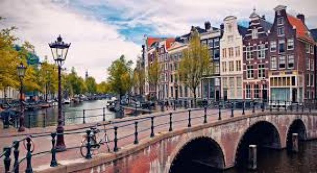 Europa - Capitales Imperiales + Londres y Ámsterdam - 11 de mayo ❙ Salidas Grupales 2020 ✩